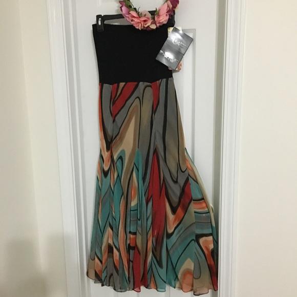 Lapis Dresses & Skirts - Lapis Convertible Maxi Skirt/Midi Dress